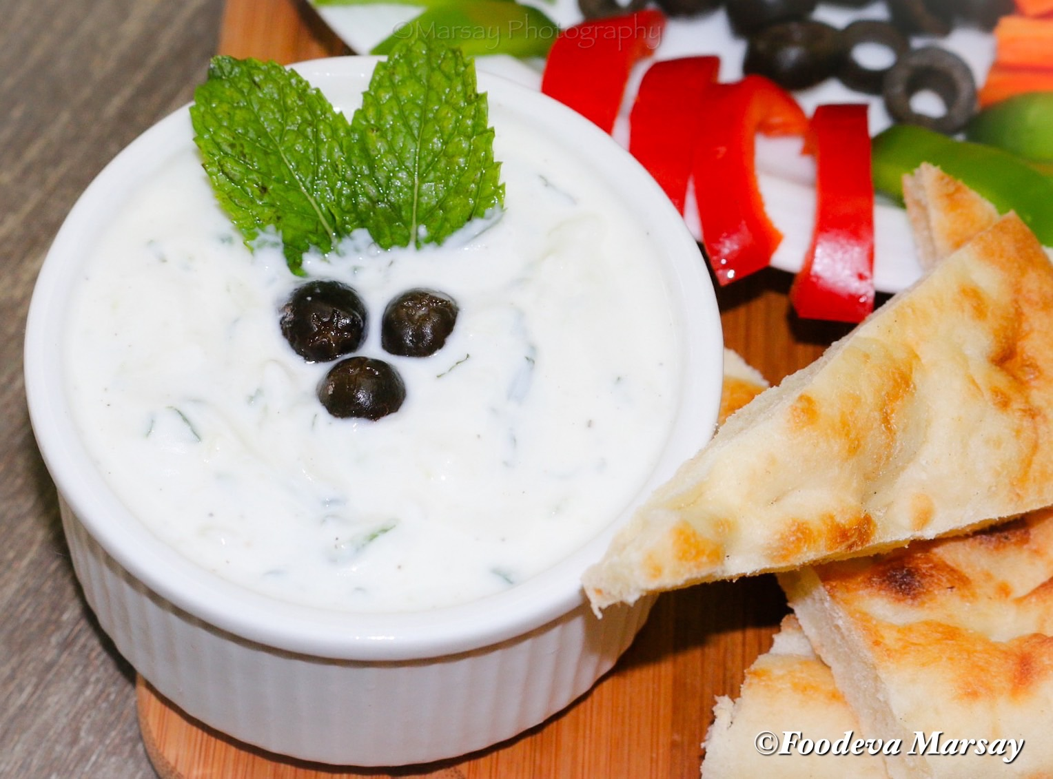 Middle Eastern Cucumber Yoghurt Sauce