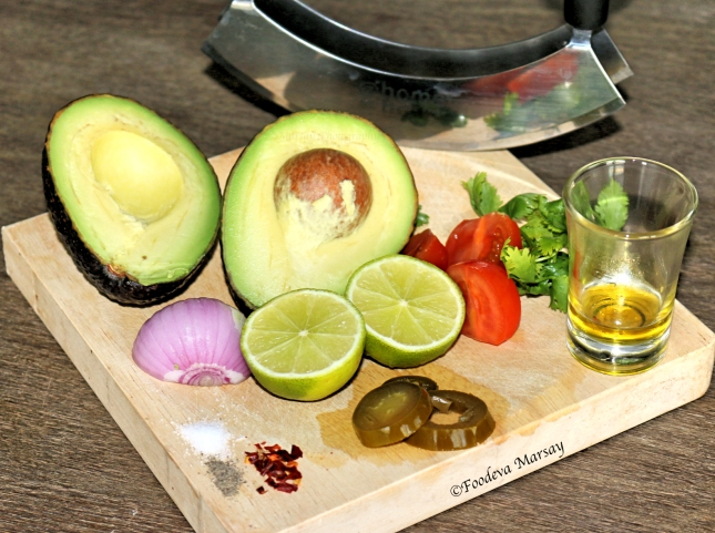 Guacomole raw ingredients